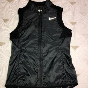 Nike women light weight